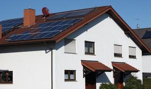 Solarhaus für Strom und Wärme von der Sonne