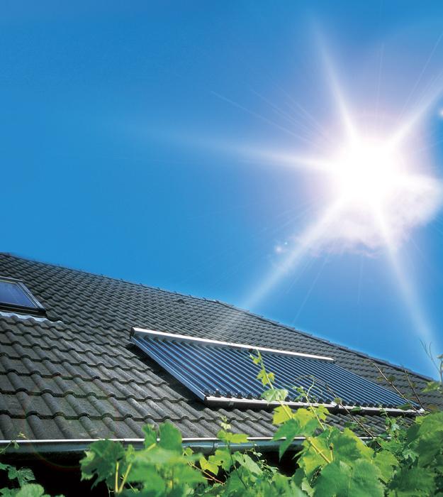 Sonnenwärme von eigenen Hausdach ernten